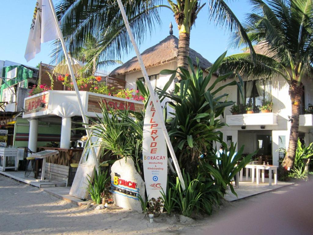 cdf08cbe70e984 The Boracay Beach Resort in Boracay Island - Room Deals