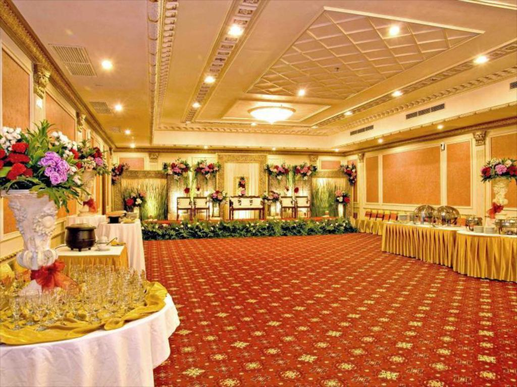 Ballroom Golden Boutique Hotel Melawai
