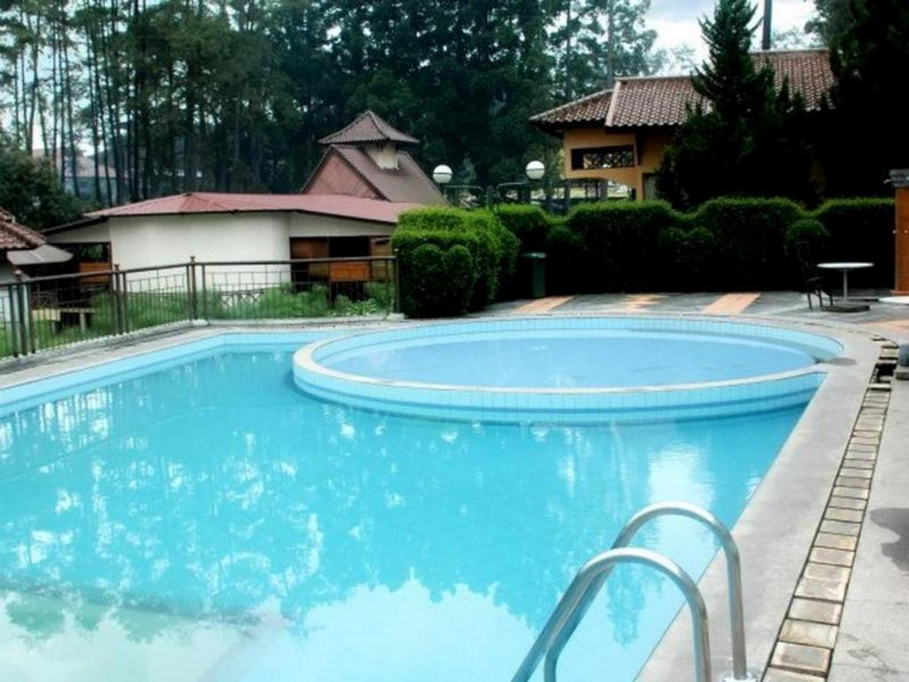 Swimming pool Karang Setra Hotel and Cottages