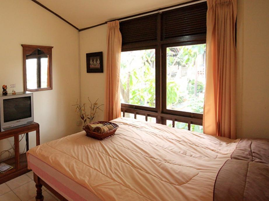 Bungalow Double Bed