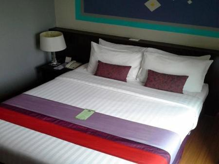 Superior Double - Bedroom Sawasdee Hotel Sukhumvit Soi 8