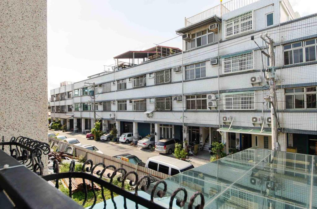 Exterior view Near Hualien Train Station - Quad Room with balcony agoda
