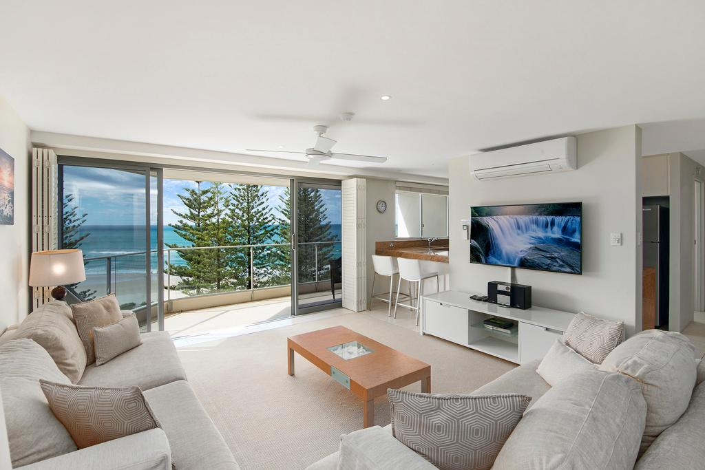 2-Bedroom Superior Ocean View Apartment with Air Conditioning