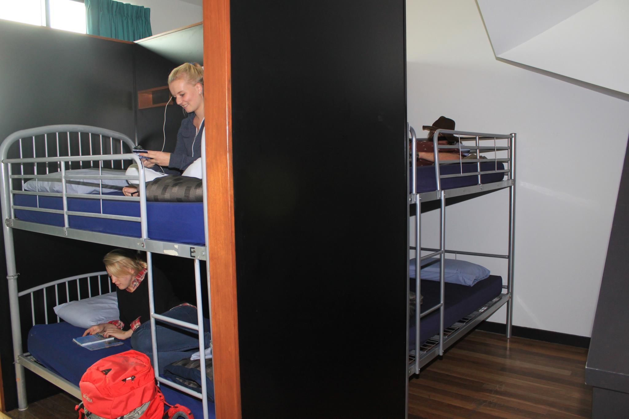 1 Person in 12-Bed Dormitory with En-Suite - Mixed