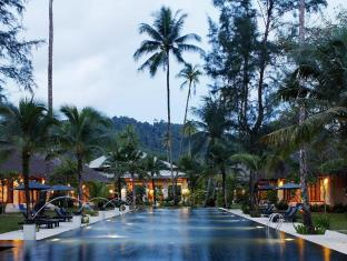 Bangsak Village Resort-Adults Only