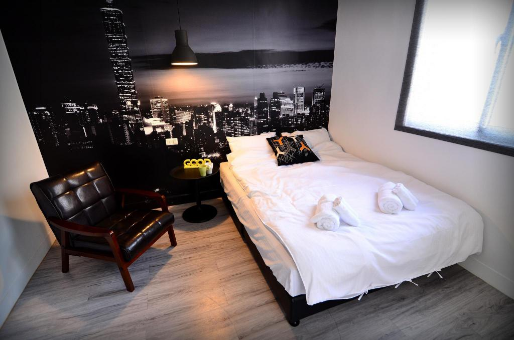 Tainan near T.S. Mall & Ambassador Theater - Leaf  hostel L2 Double room