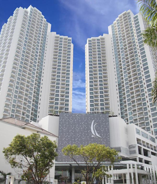 1BR Ocean View Ancol Mansion by Maya