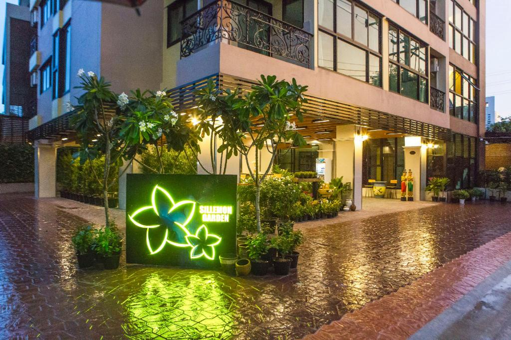 More about Sillemon Garden Hotel
