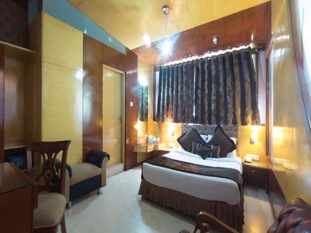 Interior view Grandeur Luxury Suites