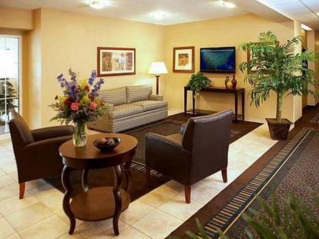Hall Candlewood Suites Lawton Fort Sill