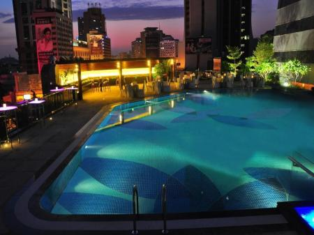 Swimming pool [outdoor] Crowne Plaza Guangzhou City Centre