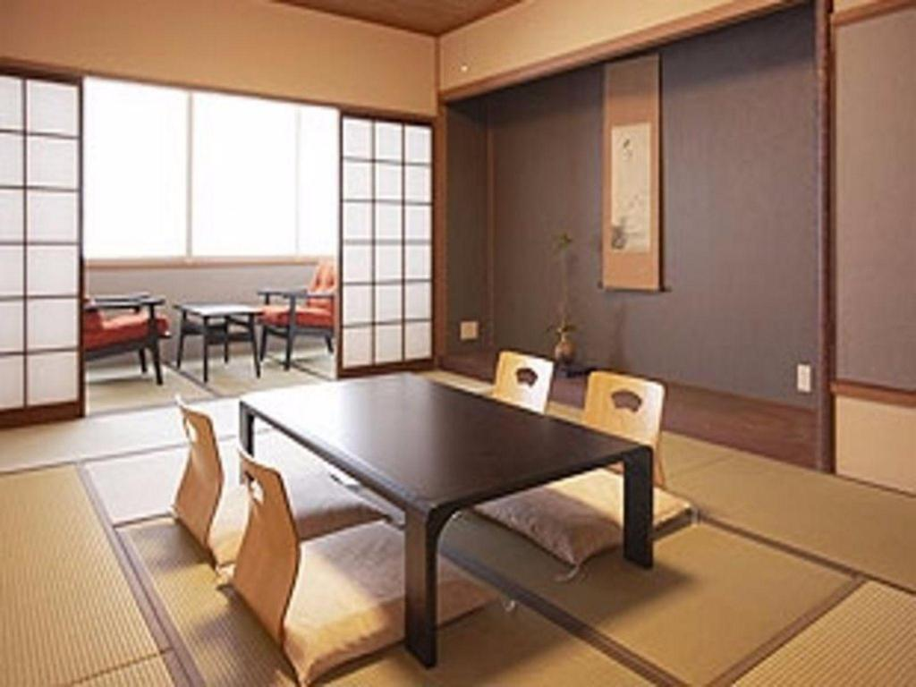 Japanese Style Room for 4 People - Non-Smoking