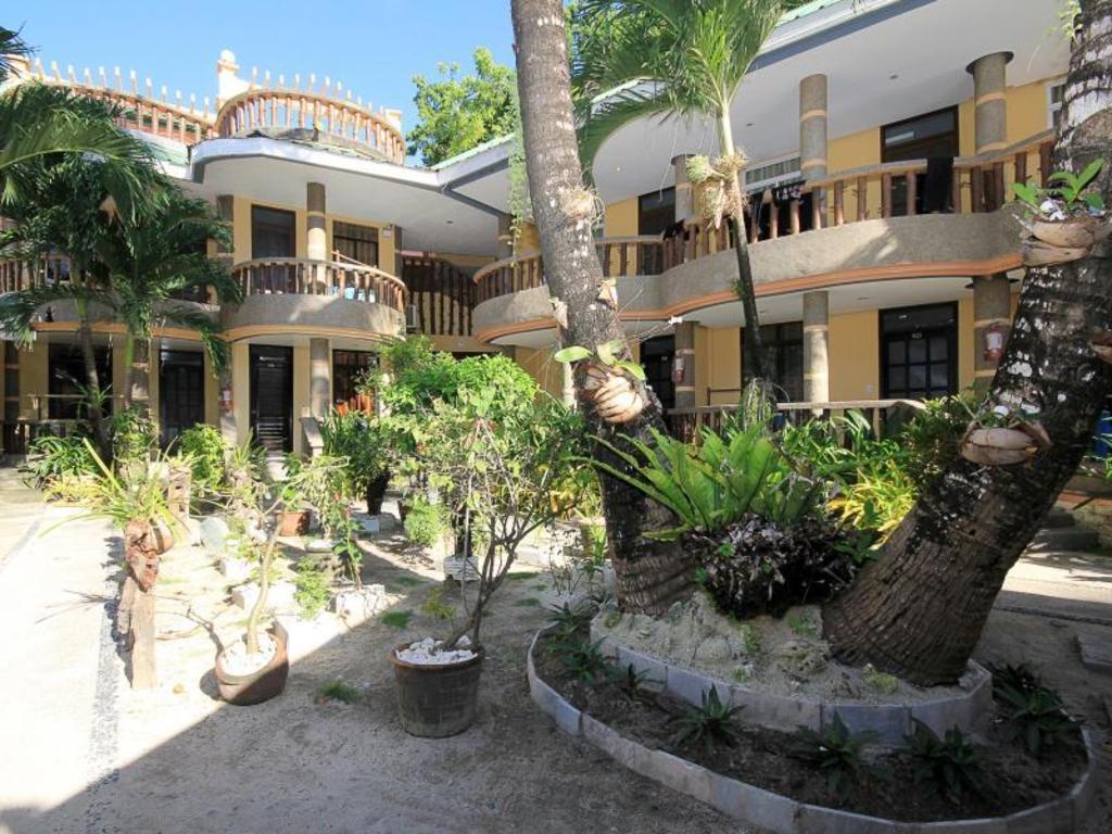Interior View Bamboo Beach Resort