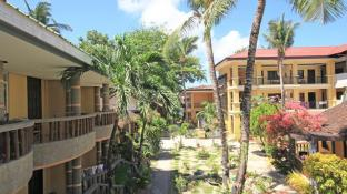 Bamboo Beach Resort