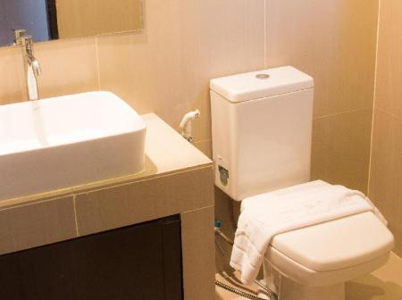 Studio Suites - Bathroom Grass Suites Thonglor