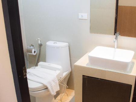 Bathroom Grass Suites Thonglor