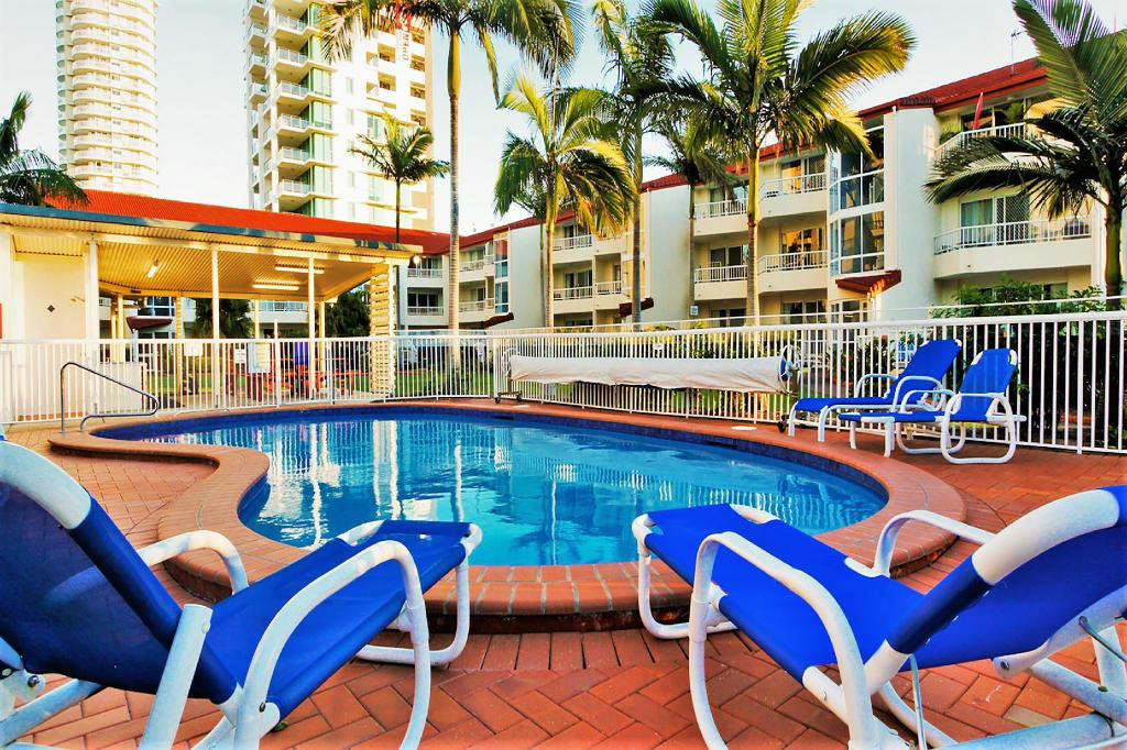 utomhuspool Key Largo Apartments