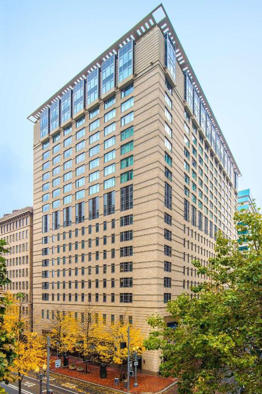 Best Price On The Duniway Portland A Hilton Hotel In Portland Or