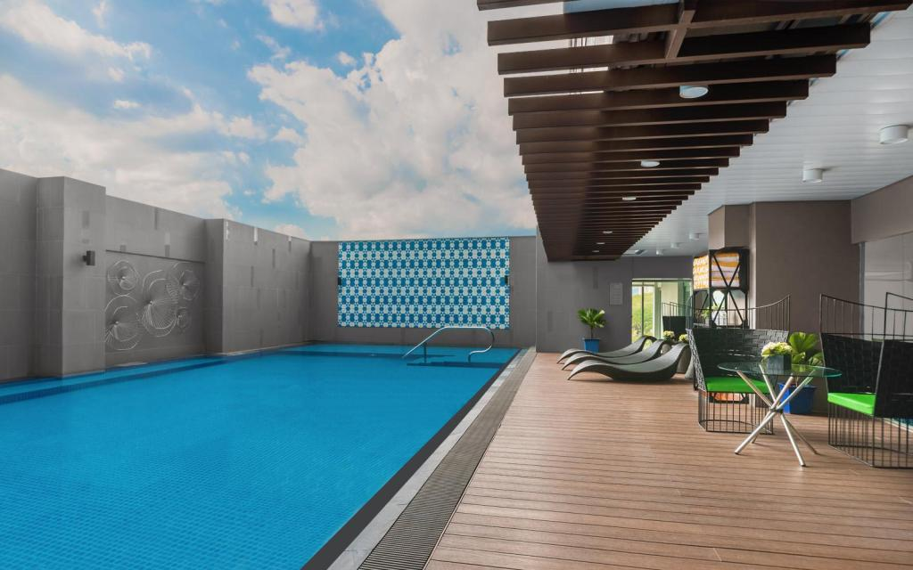 Swimming pool [outdoor] Citadines Millennium Ortigas
