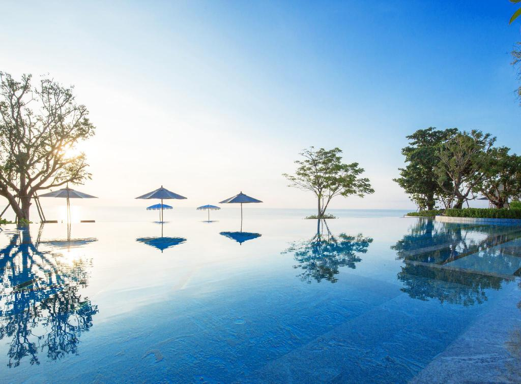 七岩斯里潘瓦豪华泳池别墅酒店 (Baba Beach Club Hua Hin Luxury Pool Villa Hotel by Sri Panwa)