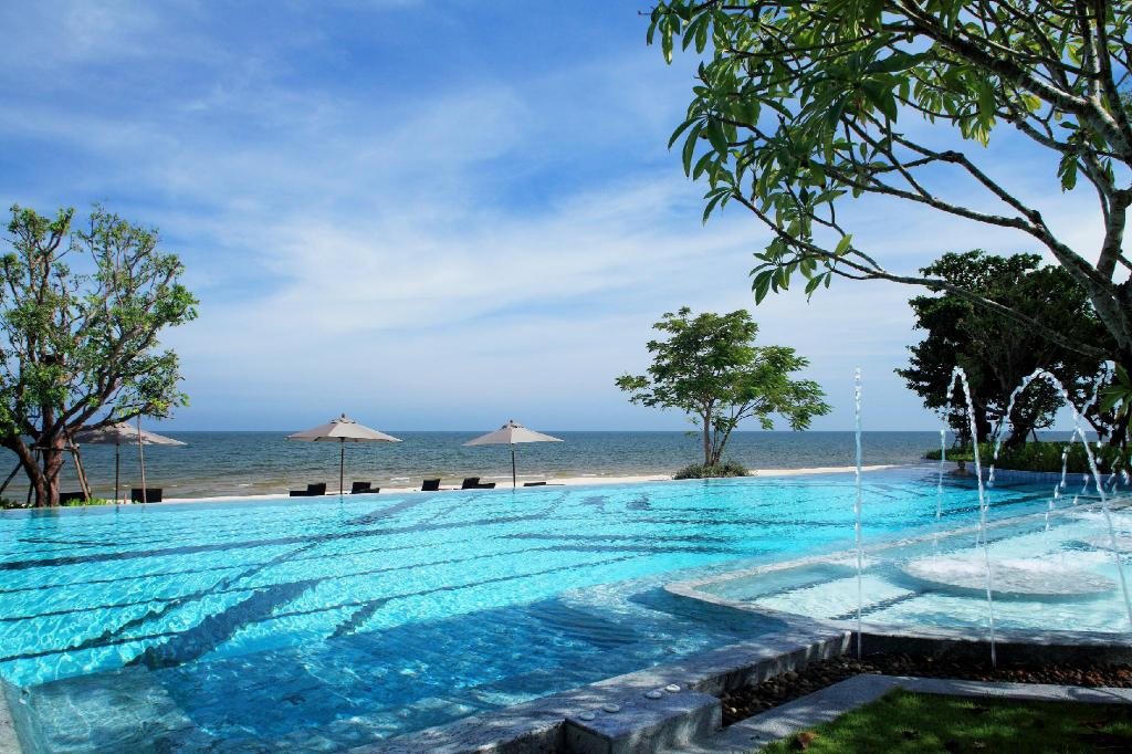 室外游泳池 七岩斯里潘瓦豪华泳池别墅酒店 (Baba Beach Club Hua Hin Luxury Pool Villa Hotel by Sri Panwa)
