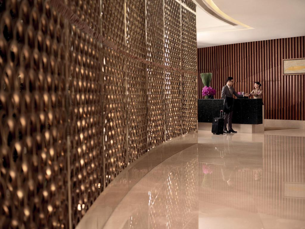 Fojė Crowne Plaza West Hanoi