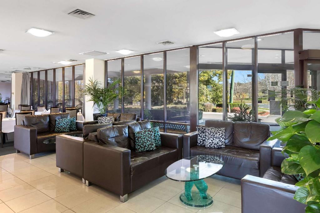 Lobby Best Western Plus Garden City Canberra