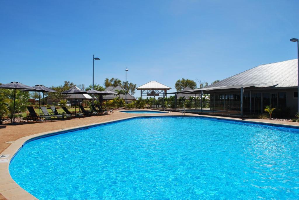 Swimming pool [outdoor] Exmouth Escape Resort
