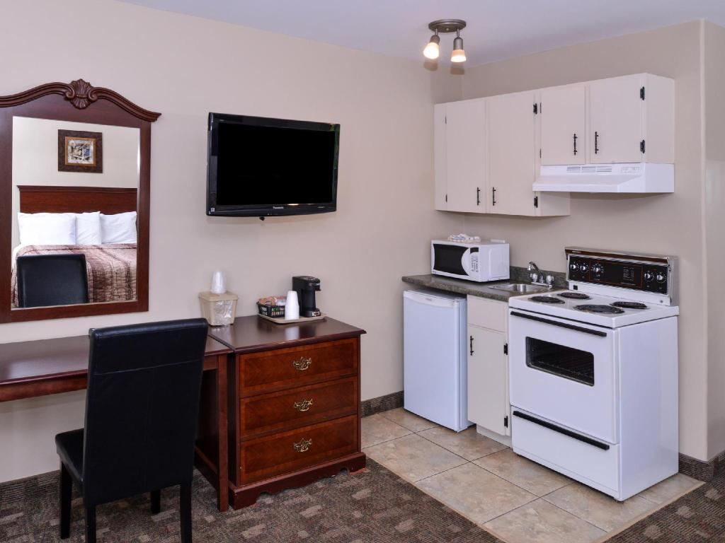 Interior view Canadas Best Value Inn & Suites - Charlottetown, PE