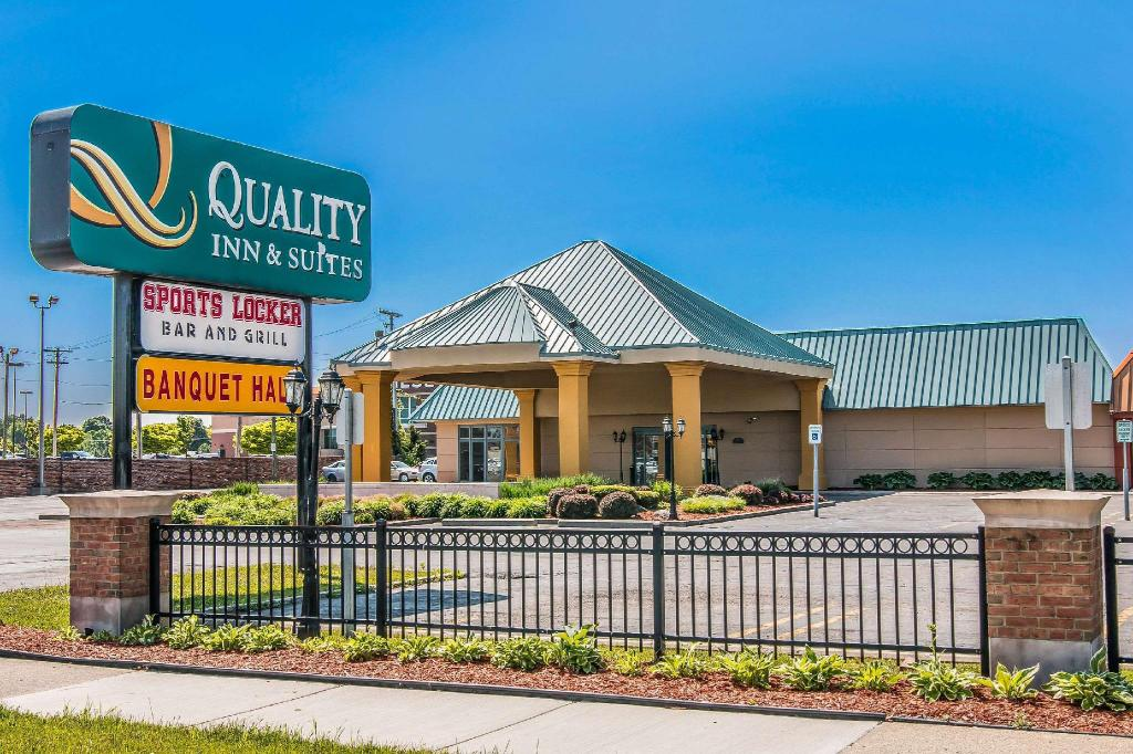 More about Quality Inn & Suites Banquet Center