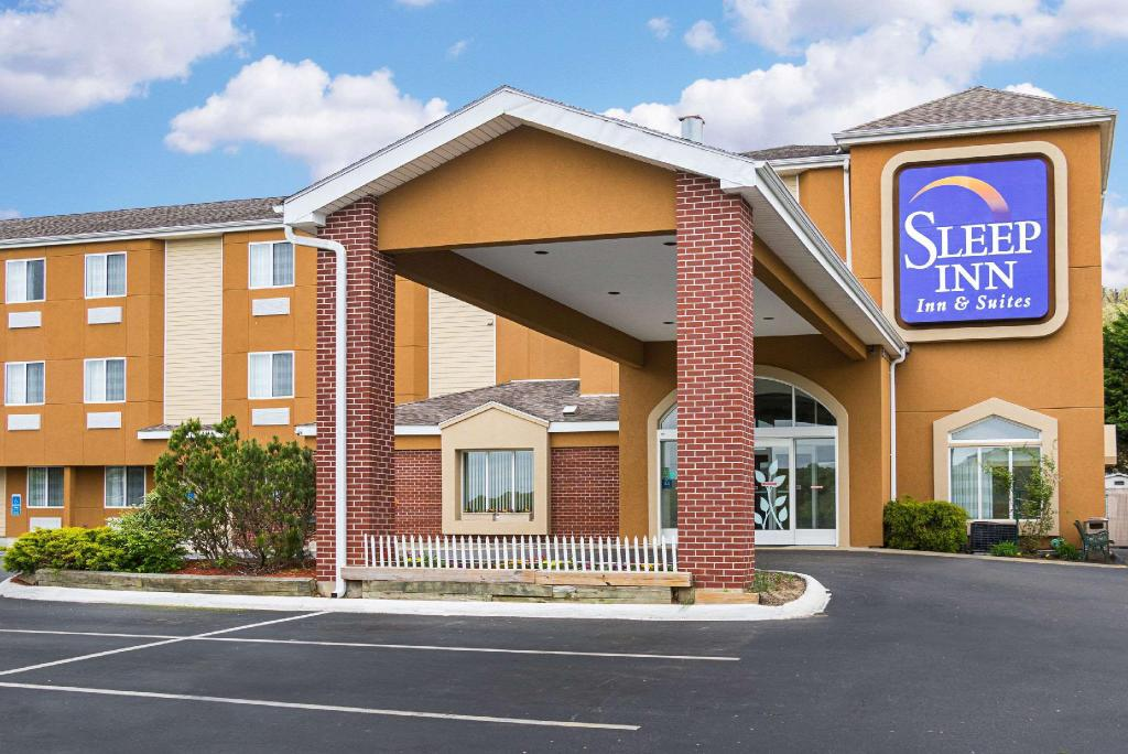 Sleep Inn and Suites Niantic