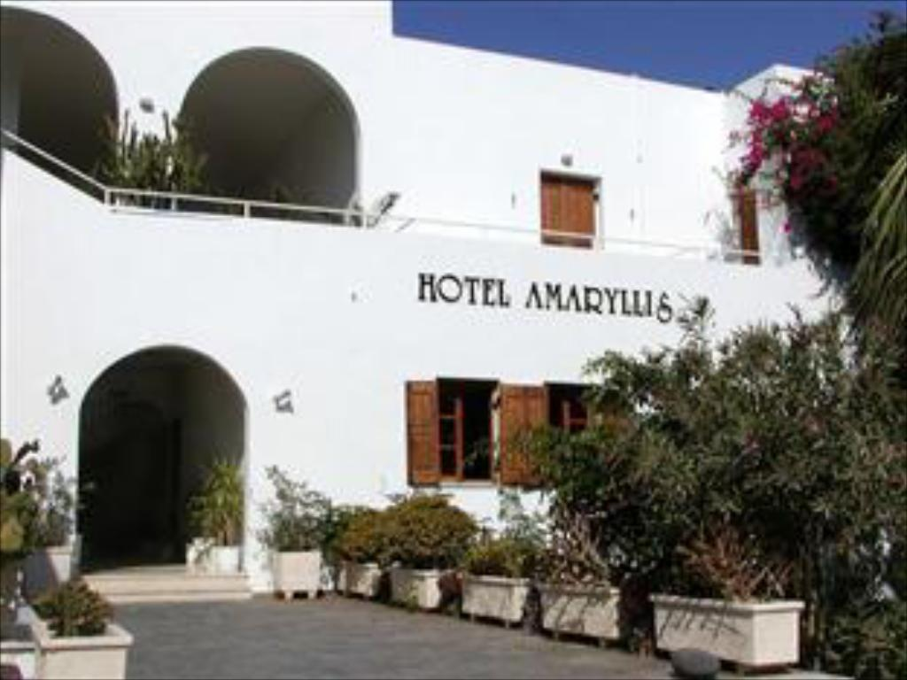 amaryllis hotel santorini