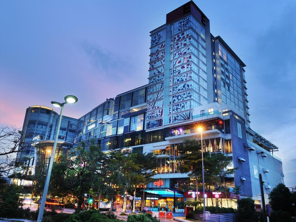 More about Empire Hotel Subang