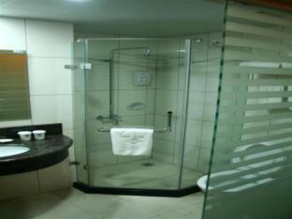 Bathroom GreenTree Inn Huaian Chuzhou Road
