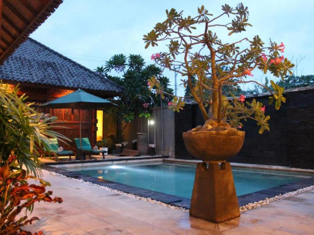 More about Gili Exotic Villas