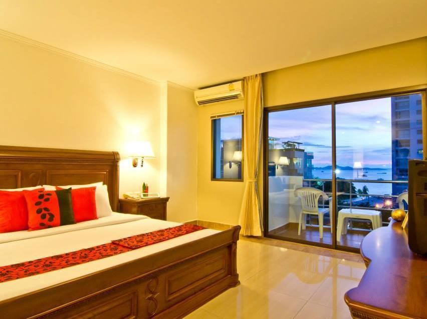 2 Bedroom Suite Sea View