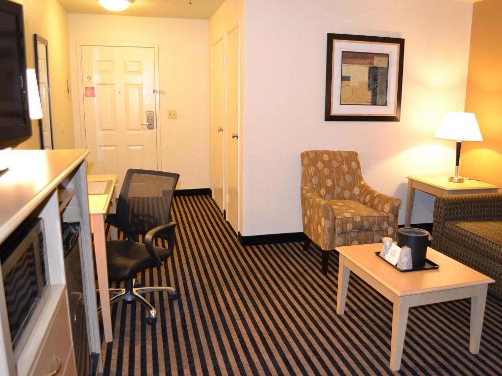 Interior view Best Western Plus Executive Inn and Suites