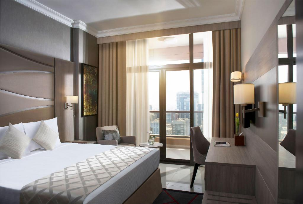 Two Seasons Hotel & Apartments, Dubai | Da 44 € | Offerte Agoda