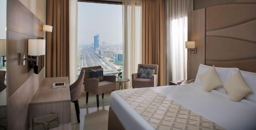 Deluxe Suite City View - Bed Two Seasons Hotel & Apartments