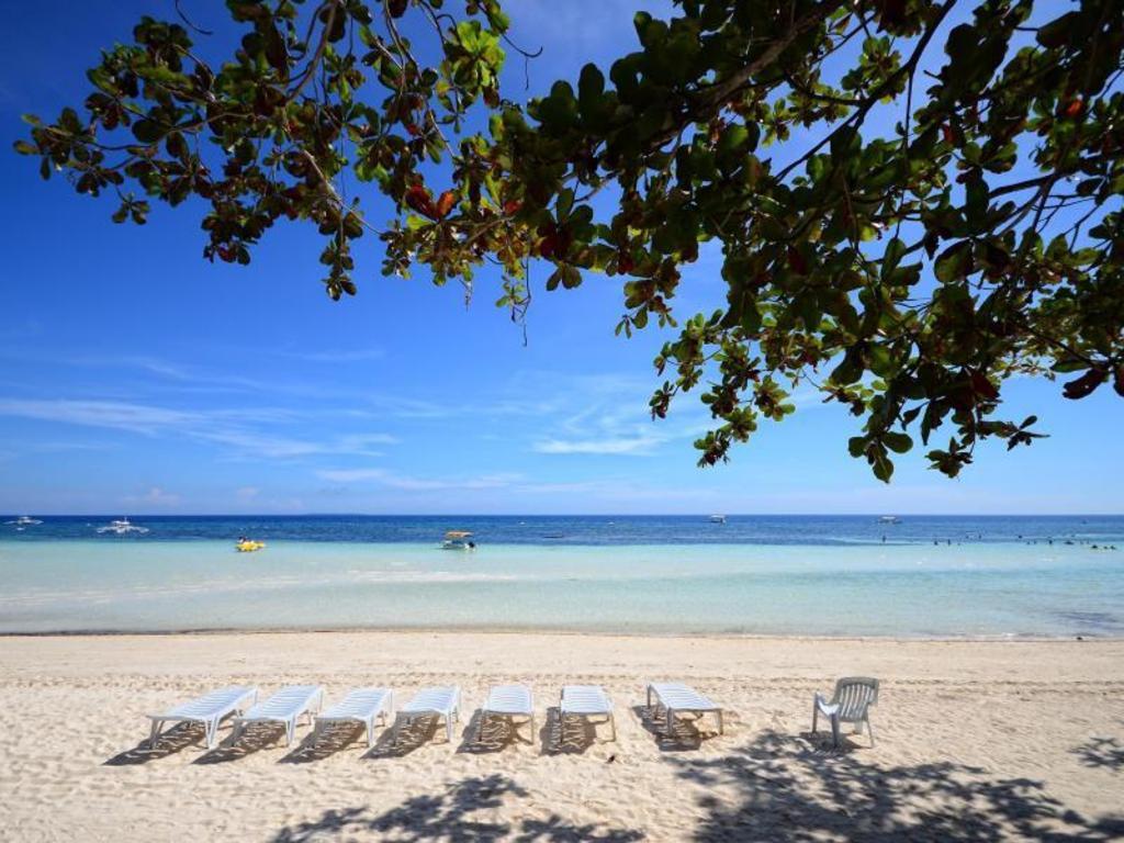 Dumaluan Beach Resort in Bohol Room