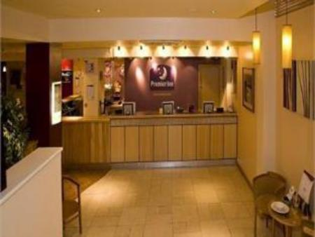 Рецепция Premier Inn London Hammersmith