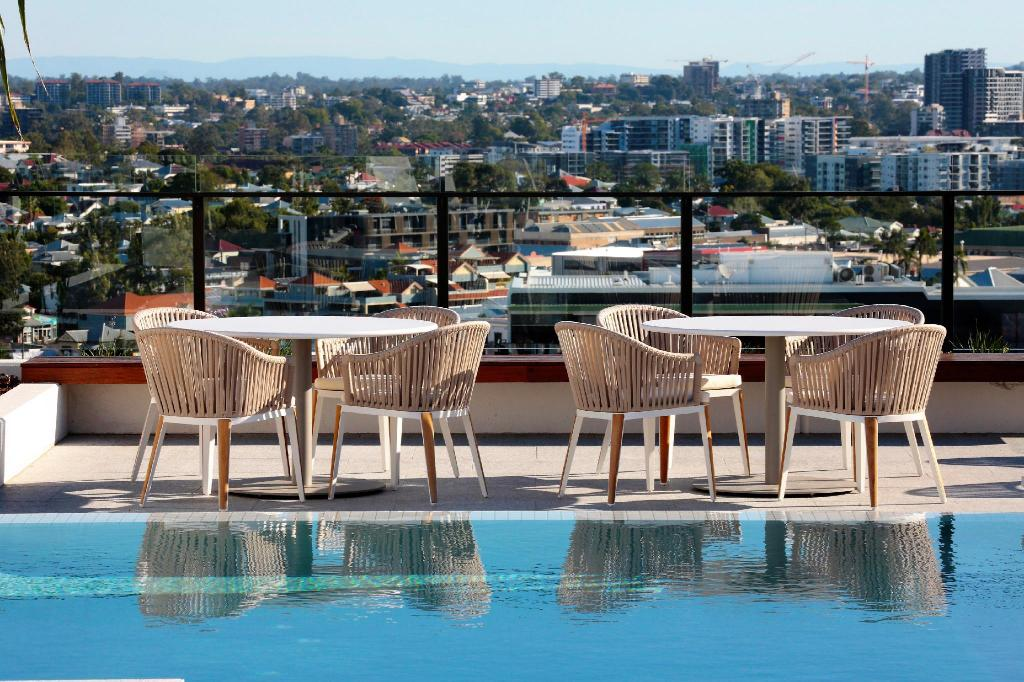 Best price on opera apartments south brisbane in brisbane reviews Swimming pools brisbane prices