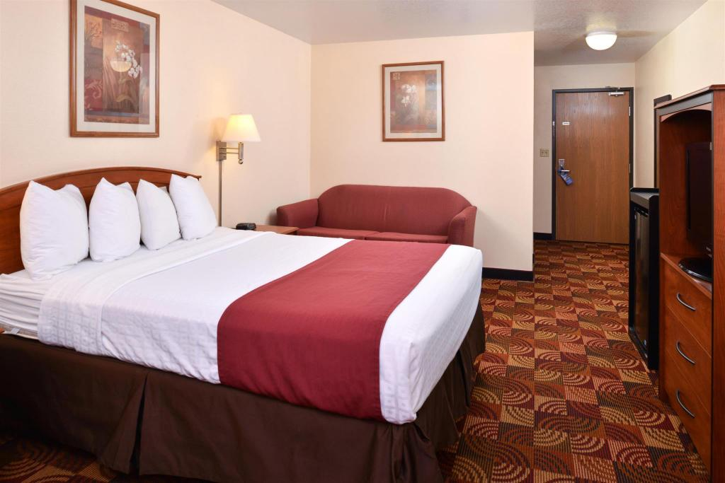 See all 60 photos Best Western Laramie Inn and Suites