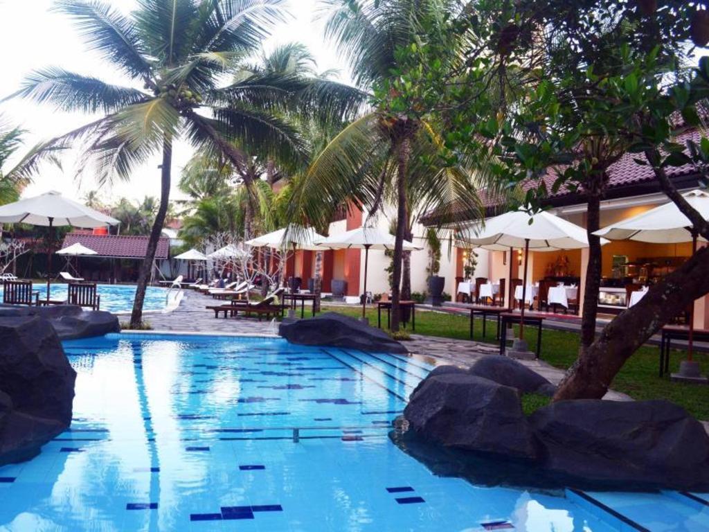 Best price on the arnawa hotel in pangandaran reviews - Playmobil swimming pool best price ...