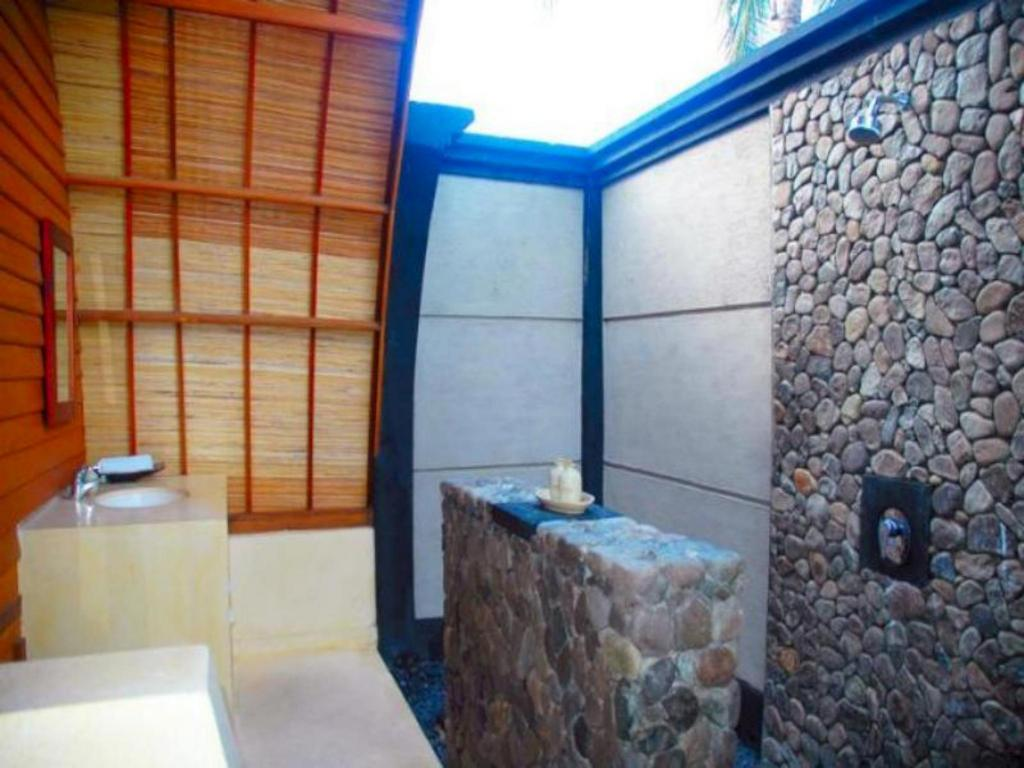 Manta dive gili air hotel in lombok room deals photos reviews - Manta dive gili air resort ...