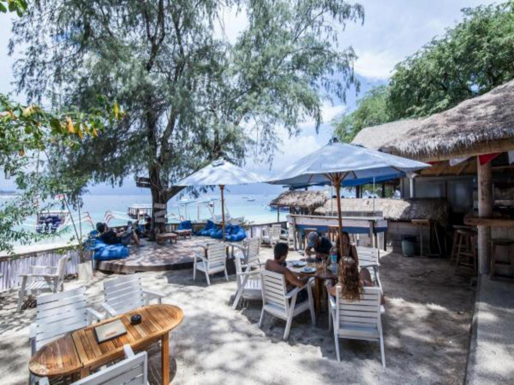 Best price on manta dive gili trawangan hotel in lombok reviews - Lombok dive resort ...