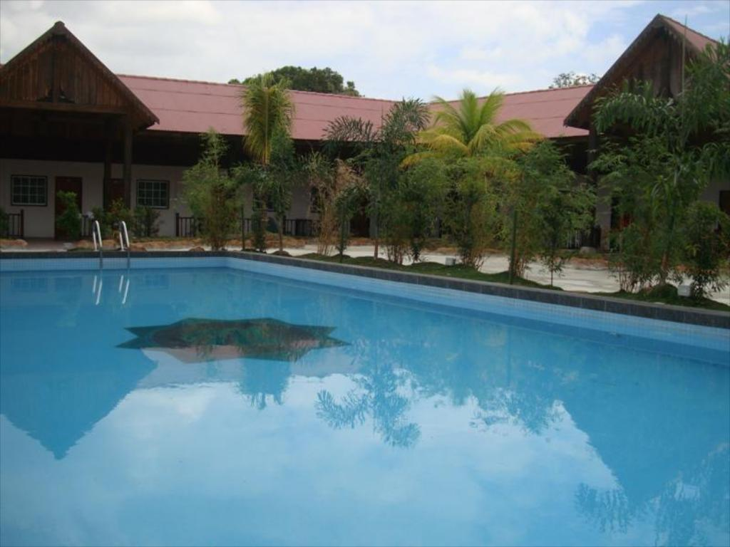 best price on landcons hotel in langkawi + reviews