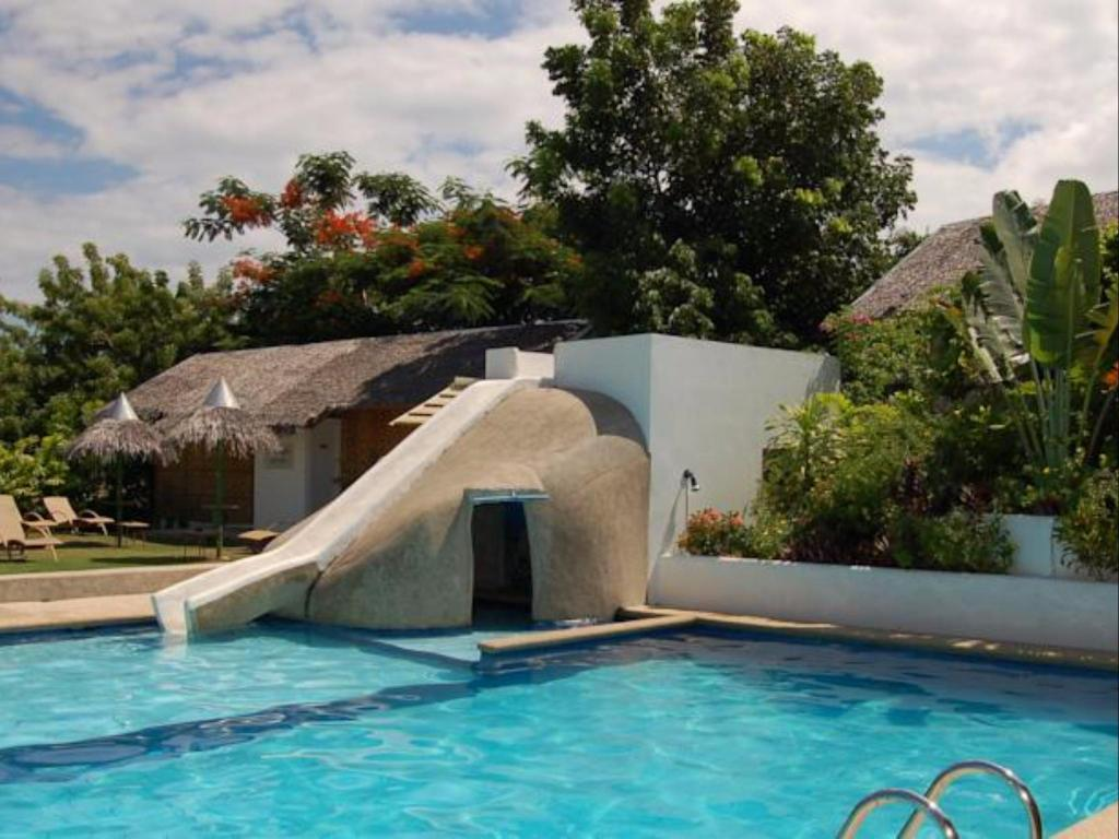 Best price on marcosas cottages resort in cebu reviews - Hotels in cebu with swimming pool ...