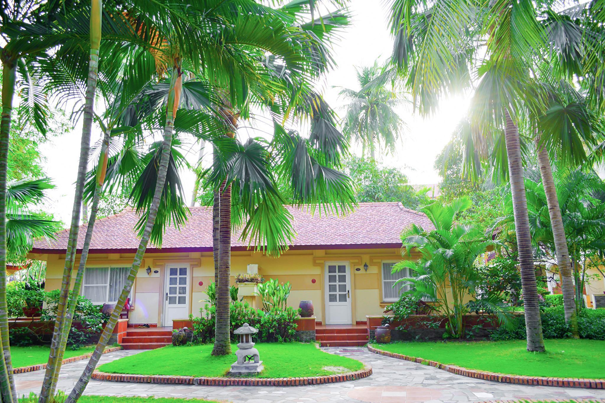 Garden View Bungalow