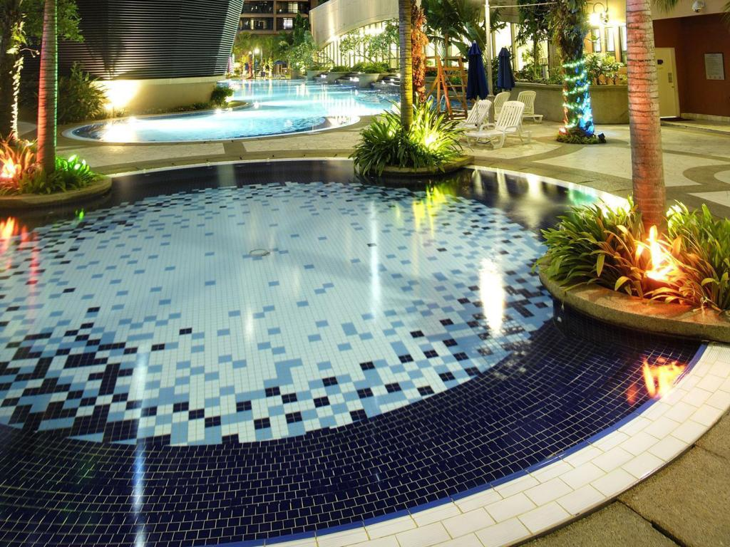 Cheap Pool Service best price on excellent service suite at times square - kuala
